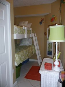 Alcove with Twin Bunks and Laundry
