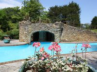 Luxury holiday apartment 2 heated pools,tennis court,lake,victorian gardens