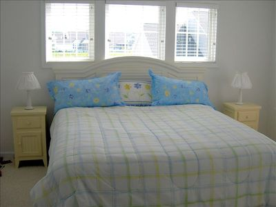 Bethany Beach townhome rental - A 2nd MBR Suite w King Serta Mattress, Private Bath & huge walk-in closet!