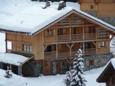 4 bedroom cottage in Grand Bornand, ski slopes at 50m and shops 500m