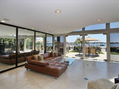 Beach front Living room - San Diego vacation Rental