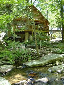 Relax at Dad's Place Cabin on Secluded Creekside, but 5 min from Boone