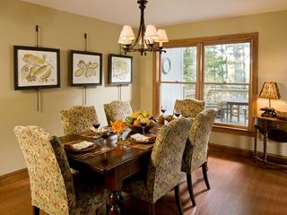 Cashiers house photo - Lakeside Cottage Dining Room