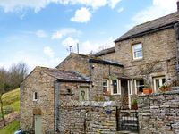 BROWN HILL COTTAGE, family friendly in Low Row, Ref 22378