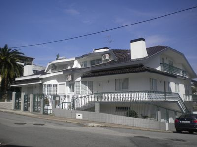 House with 2 apartments private entrances, pool, terrace, barbeque