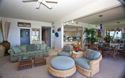 Makena Surf F104 Living Area