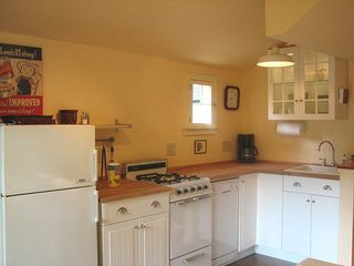 Warwick cottage photo - IKEA kitchen w/ gas cooking, dishwasher, microwave