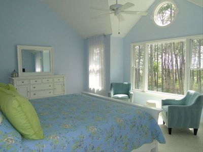 Beautiful, sunny, large Master bedroom with huge en suite bathroom