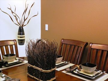 Lovely Dining area to enjoy those home cooked meals instead of eating out.