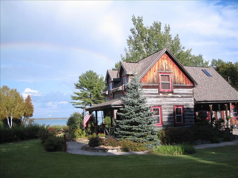 Circa 1860 39 s elegant waterfront log home at vrbo for Elegant log homes