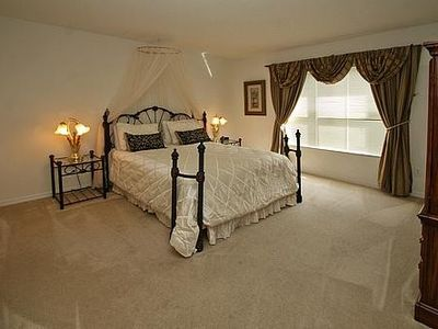 Emerald Island villa rental - Second Master bedroom (Queen size bed)