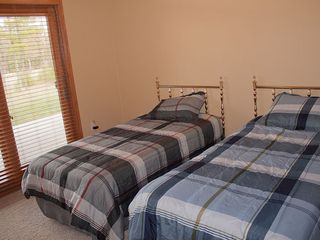 Castle Rock Lake condo photo - Bedroom 3 with 2 twins and walkout