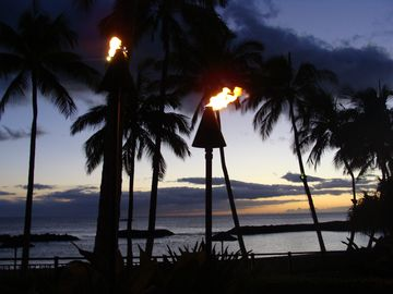 Ko Olina villa rental - Overlooking the Lagoon under Tiki Lights