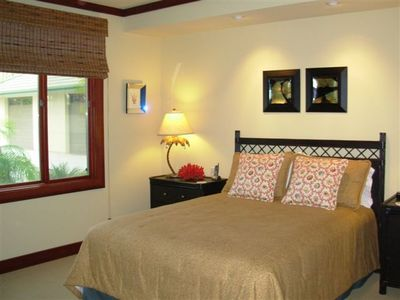 Third bedroom features a Queen bed, large closet and flat screen TV.