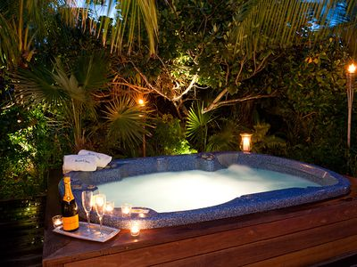 Hot tub with french service!