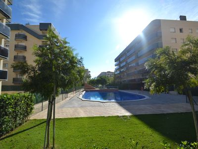 New apartment with swimming pools  and playground near the beach in La Pineda