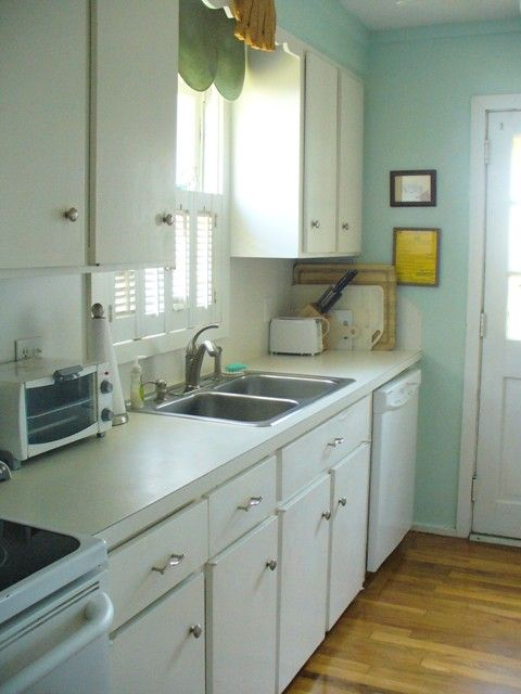 2nd floor kitchen with ocean view