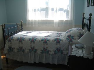 Augustine Cove cottage photo - All bedrooms have high end linens.