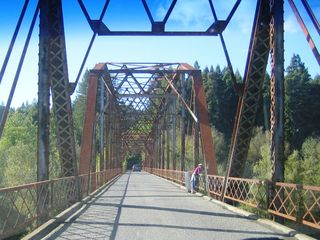 Russian River house photo - Truss bridges and vineyards abound (Westside Rd, 10 minutes drive)