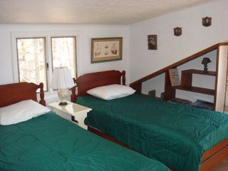 Montague cottage photo - One of two Twin Bedrooms.