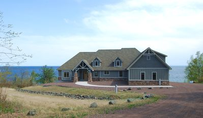 Two Harbors house rental - Front view of the home