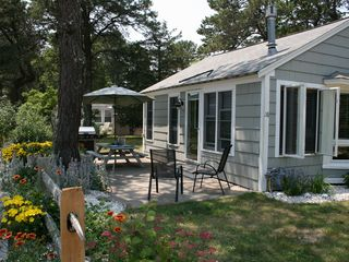 West Yarmouth cottage photo - Enjoy dinner on the patio