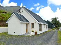 TIGH NA CREAG, family friendly, with a garden in Portree, Ref 26278