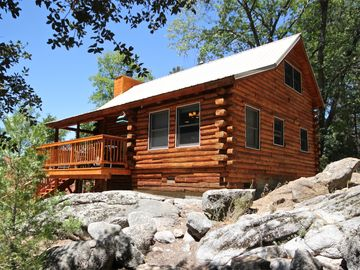 Idyllwild cabin rental - Timbered Pines