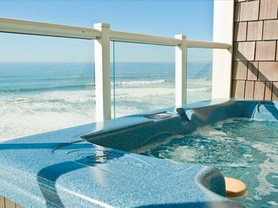 Relax in Your Private Hot Tub - Book Now at www.KeystoneVacationsOregon.com