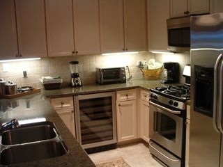 Orange Beach condo photo - Kitchen