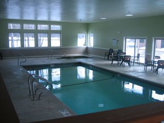 Woodstock townhome photo - Indoor heated pool w/ hot tub. Nice !