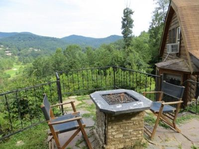 Boone cabin rental - Mountain Lodge Realty Moonshine Ridge Outdoor Gas fireplace to enjoy views