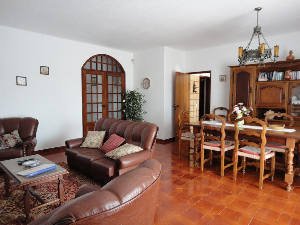 Cheap accommodation, with pool , Praia Do Carvoeiro, Faro