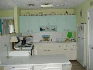 Treasure Cay villa photo - Full kitchen adjacent to den