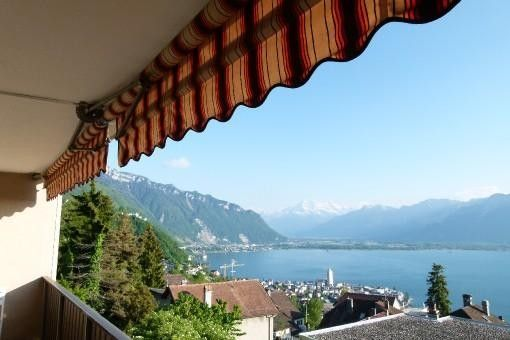 Beautiful Residence With Exceptional view on Lake Leman
