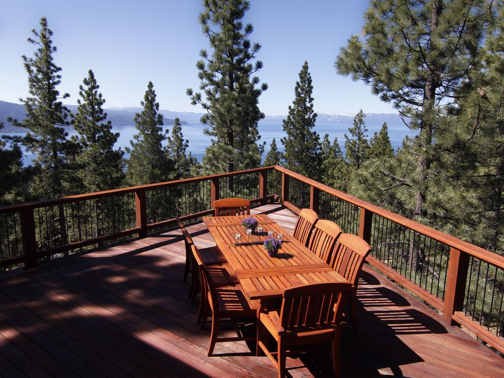 Huge Two Tiered Lake View Redwood Deck Seats 10 With