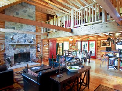 La Porte cabin rental - Family Room