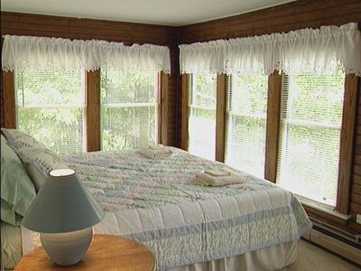 MountainView bedroom with King bed