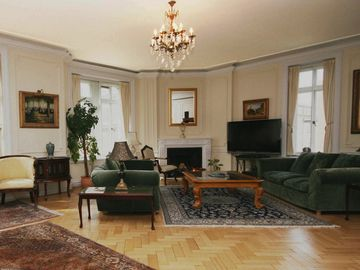 Oxford Circus apartment rental - Elegant Living Room - Lounge