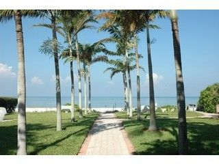 Old Naples house photo - 8th Avenue Beach -Old Naples Luxury Cottage - Walk to Beach and Fifth Ave !