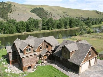 Missoula house rental - Bringing Friends and Families together...or just relax as a couple...