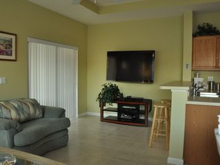 Port St. Lucie condo photo - Living Area Flat screen TV with Hi-Def Cable service and Blu-Ray disc player