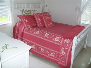 Block Island house photo - Queen Bed