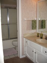 Fort Myers Beach condo photo - Private master bath