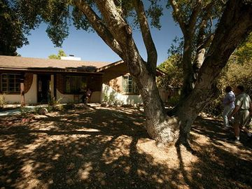 Atascadero cabin rental - The home as seen from the street.