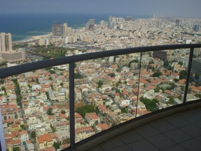 View from high floor in the Neve-Tzedek Tower.