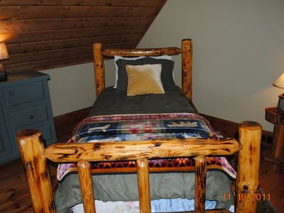 Extra twin bed in sleeping loft