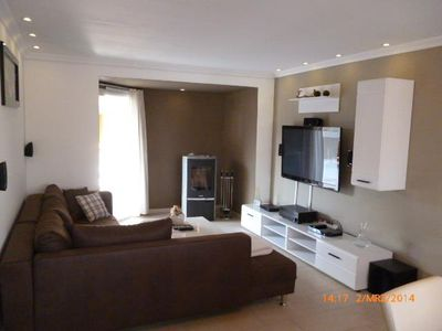 Modern apartment incl. Wi-Fi and terrace in a quiet location 4,5 km from Dankern!
