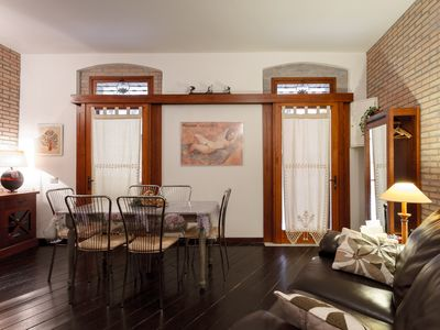 Ancient apartment in the historic center 100 meters from the Cathedral