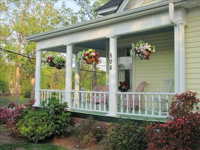 Landrum cottage rental - 508 East Rutherford Street (Hwy #14) Landrum, SC 29356